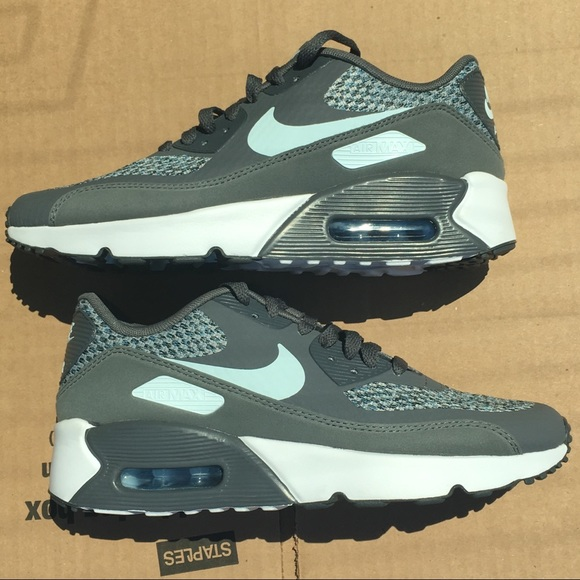 e7bcdc1022ac5 Nike Shoes | Air Max 90 Flyknit Size 65 Youth 8 Womens | Poshmark